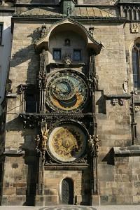 Staromestský orloj ťahá turistov zo širokého okolia
